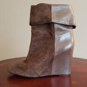Enzo brown folded booties